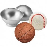 Wilton sport ball pan set